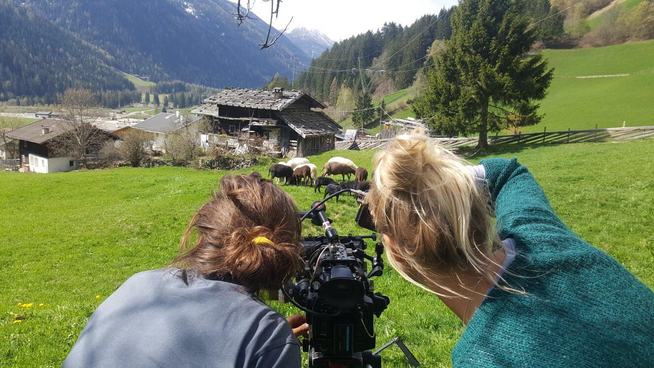 Riprese del film sulla cooperativa Lebenswertes Ulten bergauf